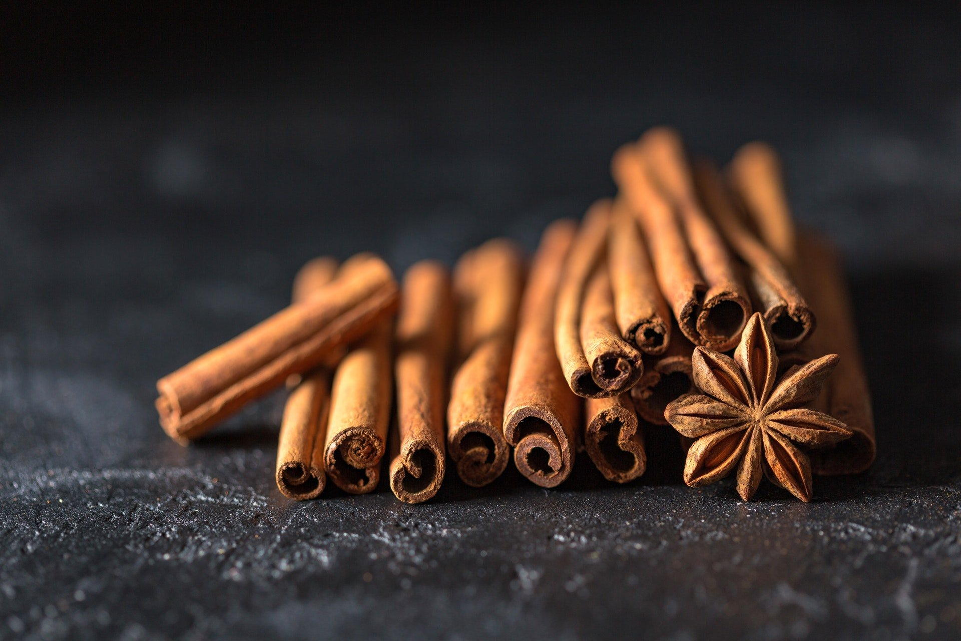 7 Essential Natural Spices for Healthy Cooking © pexels-pixabay